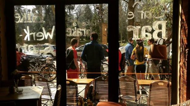 Cafe take a brake in Bergmannstr. Foto: take a brake