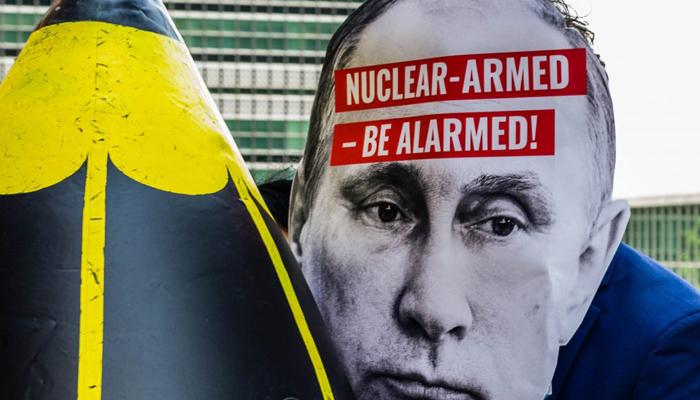 Wladimir Putin setzt auf Atomwaffen. Foto: Ralf Schelesener
