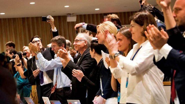 122 Staaten verabschiedeten einen Vertrag zum Verbot von Atomwaffen in den Vereinten Nationen am 7. Juli 2017. Foto: Clare Conboy / ICAN