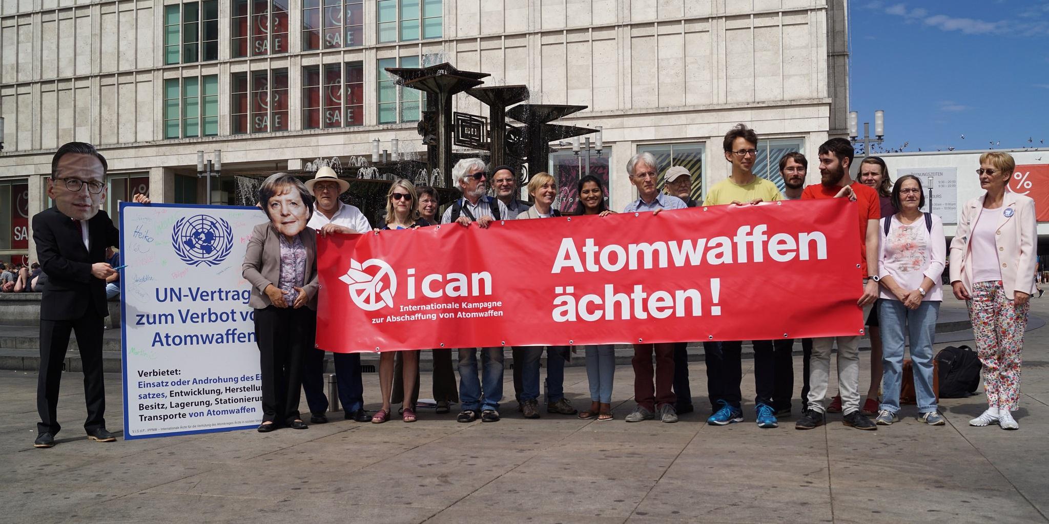 Ein Jahr Atomwaffenverbot: Deutschland muss beitreten!