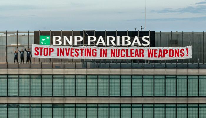 Protest gegen Atomwaffengeschäfte von BNP Paribas